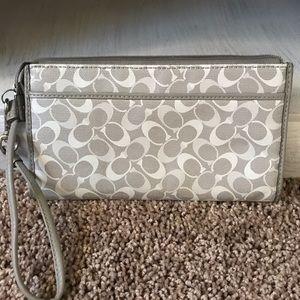 Coach wallet clutch